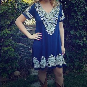 Dresses & Skirts - Blue/white Pure Intent short sleeve dress