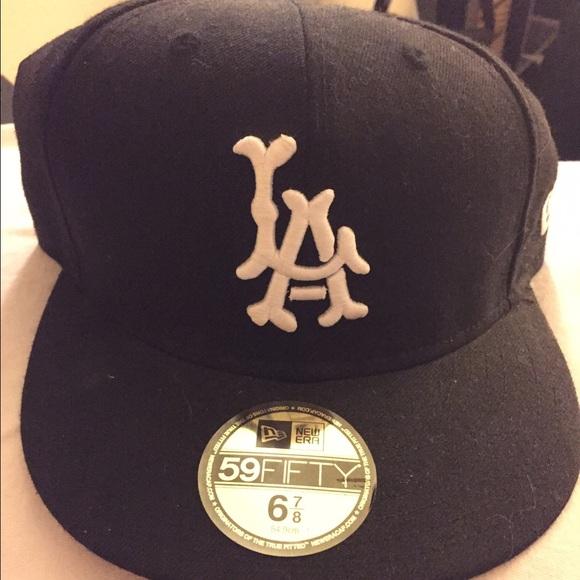 dbafaf25add LA bones hat. M 571d8dde680278eef106badc