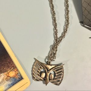 Jewelry - Vintage owl necklace