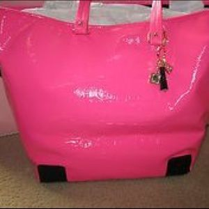 Juicy Couture gym beach travel bag pink patent