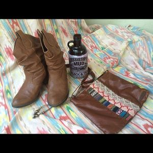Brooks boots/booties