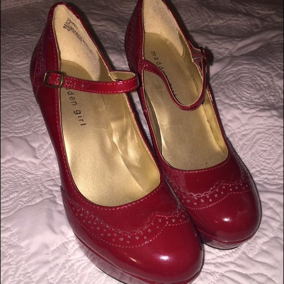 56 off steve madden shoes steve madden red patent