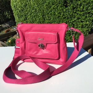 Coach Classic Turnlock Crossbody Pink Bag 45012