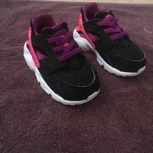 Shoes/huaraches