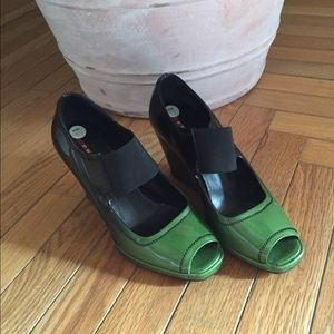 Prada wedges size 37