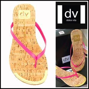 Dolce Vita Shoes - ❗️1-HOUR SALE❗️Dolce Vita SANDALS Flip Flops Flats