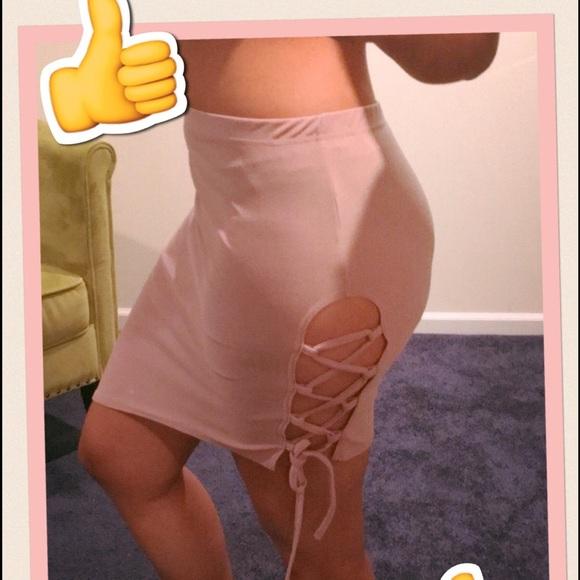 Boohoo Skirts - 🔥Kriss Kross Skirt 🔥