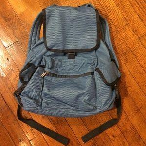 LeSportsac Handbags - Lesportsac Voyager mesh backpack NWOT!