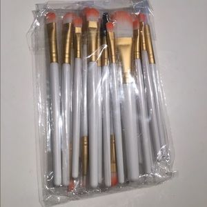 Other - Make up brushes