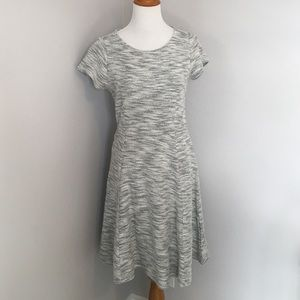 Old Navy Dresses & Skirts - Old Navy Marled Black and White Dress
