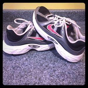 Nike Shoes - Nike sneakers- 7.5 - some wear