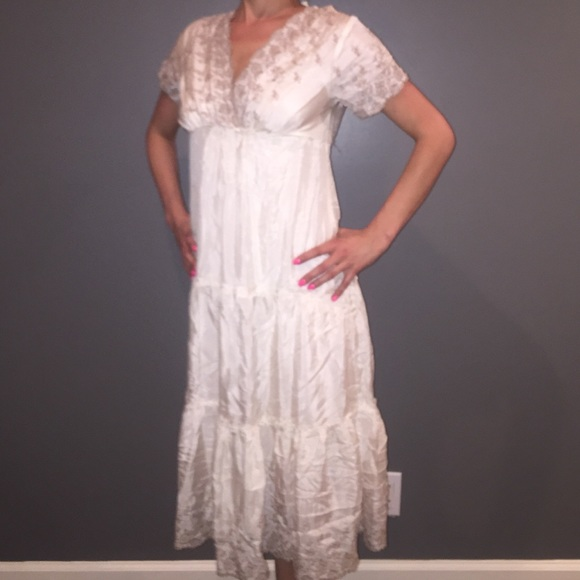 Gold Hawk Dresses 100 Silk White Dress New With Tags