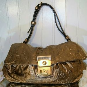 Marc Jacobs Handbags - Beautiful Golden Marc Jacob Dreamy Satchel