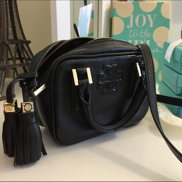 88143a0e39c Tory Burch Crossbody bag- Thea Mini Satchel. M 571f701856b2d66e2c0016dc