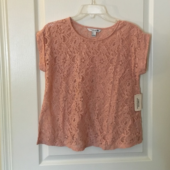 9cfd0525f9a9c New Forever 21 pink lace short sleeve top