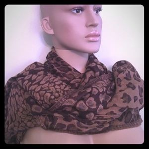 Tasha Palizzi Accessories - Tasha Polizzi NWT HAND LOOMED FULL COVER scarf LEO