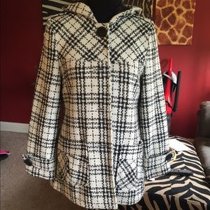 Jackets & Blazers - Gorgeous Plaid Peacoat