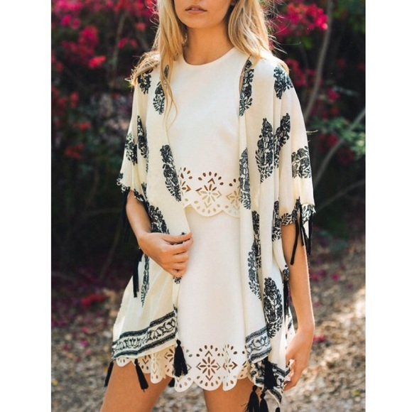 Leto Accessories - Cream Bohemian Kimono with Tassels