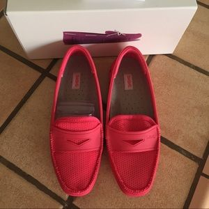 Swims Shoes - Swims women's loafers. Raspberry color.