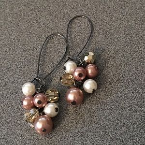Jewelry - Faux pearl earrings