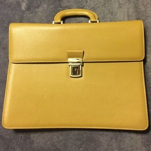 Alberta di Canio Handbags - Tan leather briefcase.