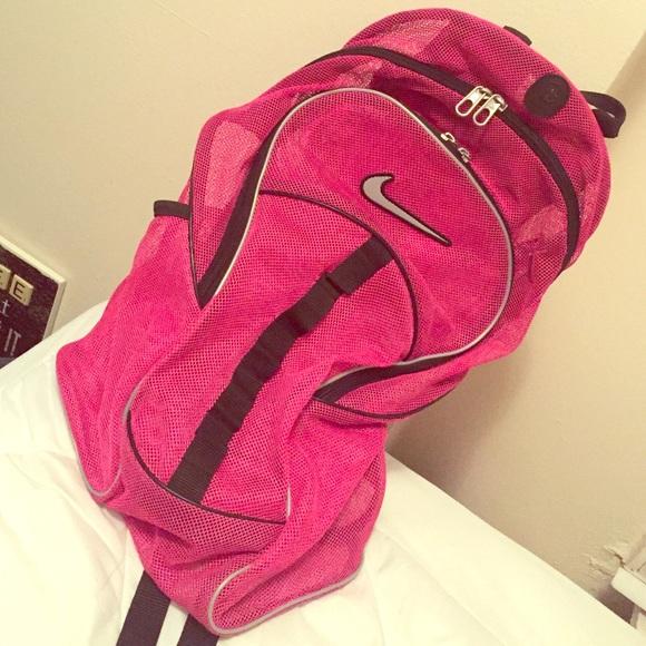 Nike Brasilia 7 Mesh Backpack. M 5720094df0137dfe3200b10a 054f6030d7