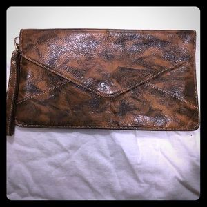 Alberta di Canio Handbags - Oversize leather wristlet/clutch