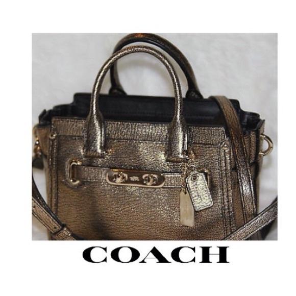 5d39b028601b Coach Swagger 35990 Gold Metallic Crossbody Bag