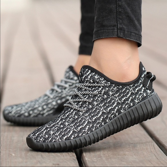 first rate 8e2ff 0028f Adidas yeezy boost 350 womens 7 new sneakers dupe