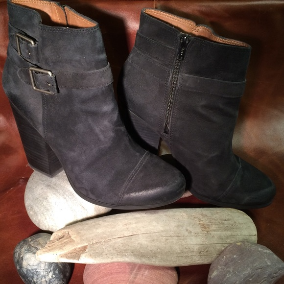 3be26c2fe84 Lucky Brand Black Suede Ankle Boots w/ Buckles