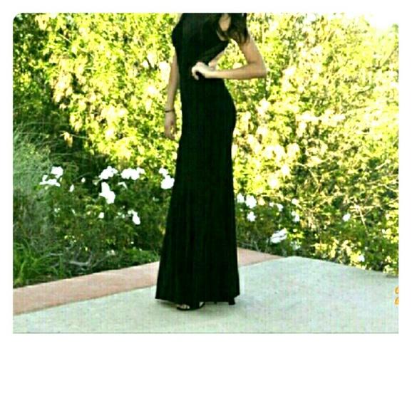 CACHE BLACK PROM DRESS SIZE 2!.