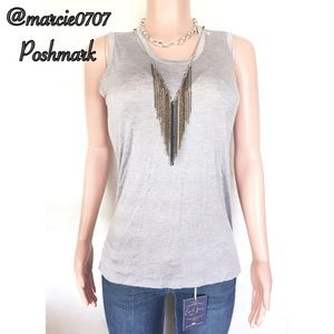 Dressy tank with removable chain