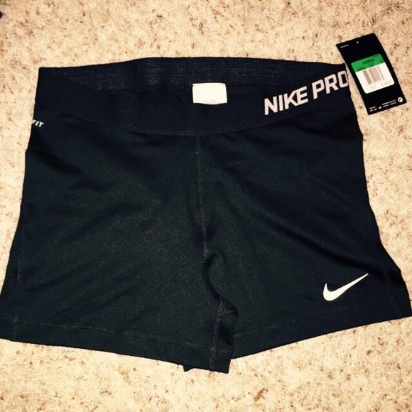 nike shorts xl