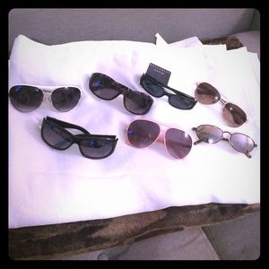 Accessories - NWOT/NWT Seven pairs of sunglasses
