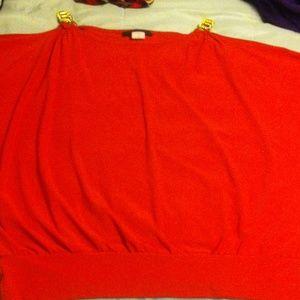 american city wear Tops - Burnt orange top w/chain@ shoulder sz xl