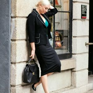 Les Lunes Dresses & Skirts - Rouched Black Pencil Skirt
