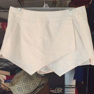 Pants - Ivory shorts