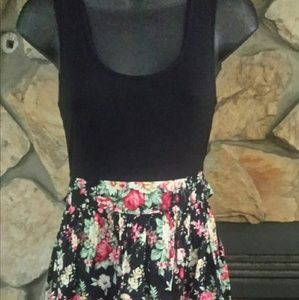Dresses & Skirts - Summer dress. Black tank, with floral skirting. M