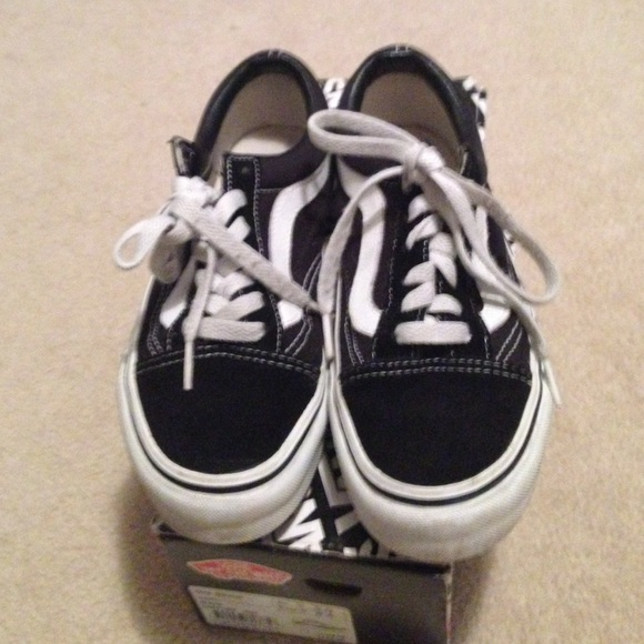 old skool vans black 6.5