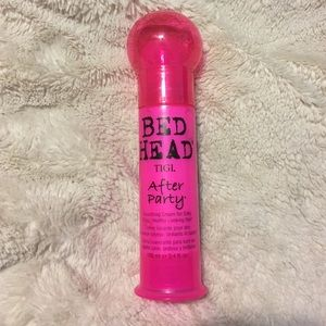 TIGI Other - Bed Head After Party Smoothing Cream