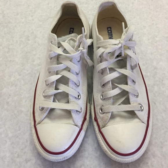 converse size 7 womens