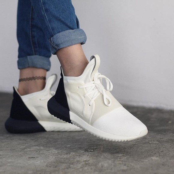 Adidas Tubular Defiant shoes