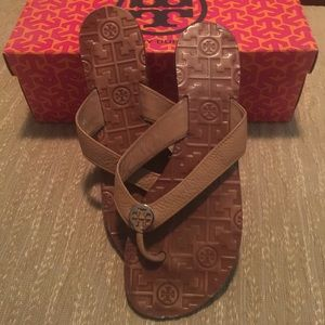 Authentic Tory Burch Thora Sandals. Size 9