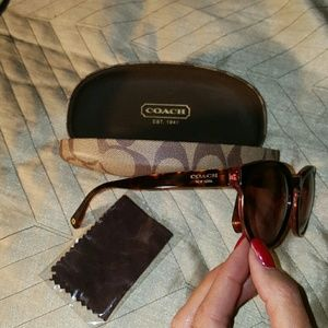 Coach Pink Tortoise Frame  Gorgeous Sunglasses!