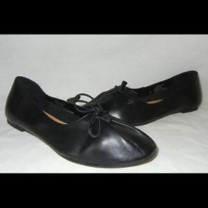 Urban Outfitters Black Leather Flats Size 7