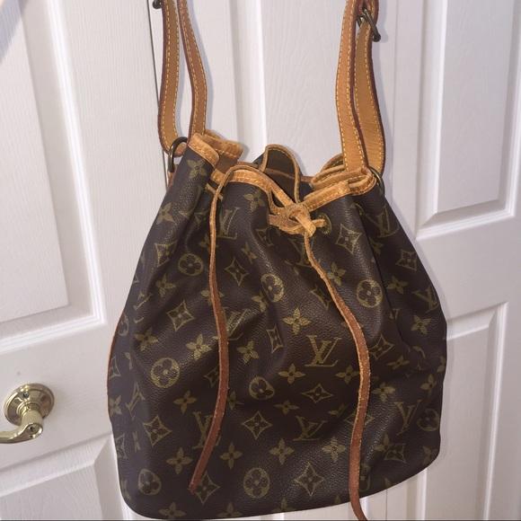 fa4ac5d4f246 Louis Vuitton Handbags - 💯% Authentic Louis Vuitton Petit Noe shoulder bag