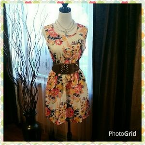 Liva Girl  Dresses & Skirts - Pretty summer dress.