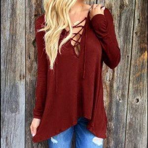 Tops - Long sleeve loose hooded shirt T104