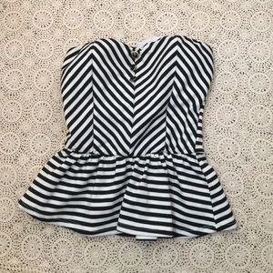 Poetry Tops - Adorable strapless peplum top!
