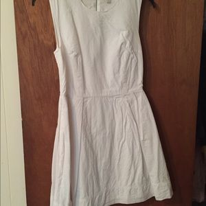 Gap white sleeveless fit and flare